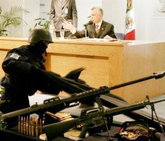 <!--:es-->Asesinan en México a ex líder del cártel del narcotráfico Arellano Félix …Payasos dicen asesino de narco no era del gremio<!--:-->