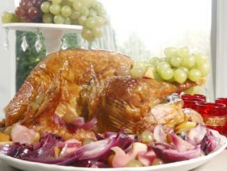 <!--:es-->Celebre el Thanksgiving Day  en familia con una riquísima y clásica comida. &#8230;Aquí le ofrecemos fáciles recetas para que no se complique la vida!<!--:-->