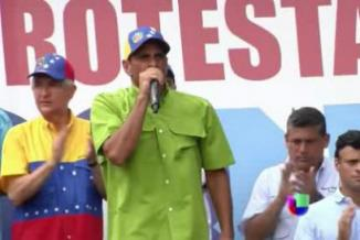 <!--:es-->Capriles denuncia un atentado por parte de grupos oficialistas<!--:-->