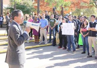 <!--:es-->Diputado Apoya a profesores y estudiantes que se oponen a la reubicación del CMAS en la UTA<!--:-->