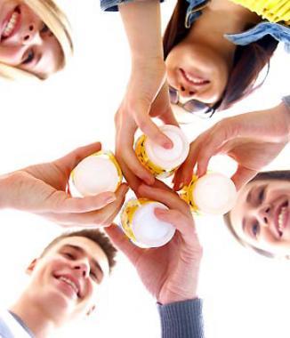 <!--:es-->La cerveza fortalece los huesos …La cerveza clara es una fuente rica en silicio, mineral asociado a la salud ósea<!--:-->
