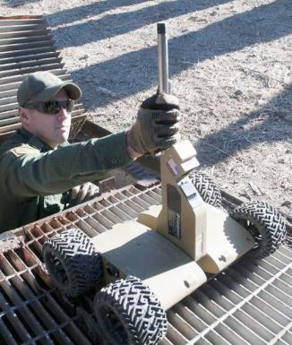 <!--:es-->La Patrulla Fronteriza usará robots para buscar inmigrantes indocumentados …Dos robots serán utilizados en Tucson y otro será enviado a San Diego<!--:-->