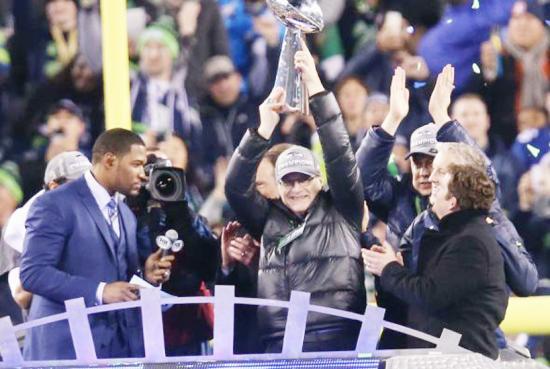 <!--:es-->Seahawks 43 -8 Broncos: Seattle molió a Denver para llevarse su primer Lombardi<!--:-->