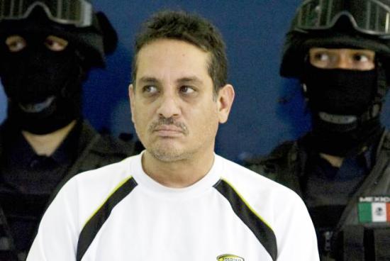 <!--:es-->El sicario Jesús Ernesto Chávez confiesa 800 asesinatos<!--:-->