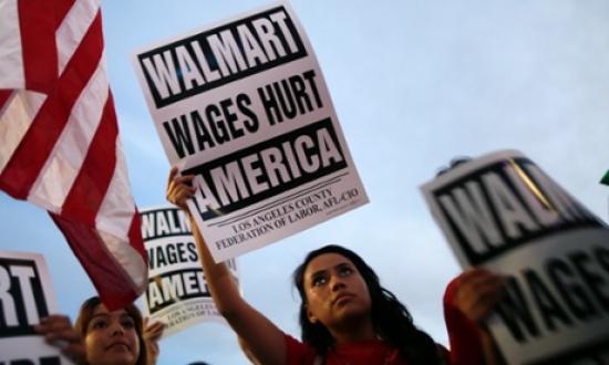 <!--:es-->DALLAS WALMART MOMS WALK OFF THE JOB<!--:-->