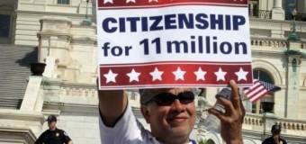<!--:es-->Crece la alarma por deportaciones aceleradas<!--:-->