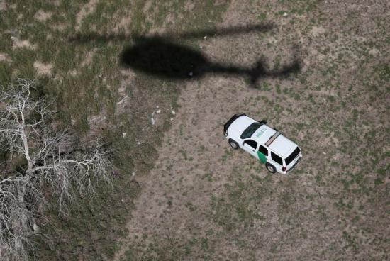 <!--:es-->Patrulla Fronteriza mata a una persona en Texas<!--:-->