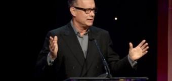 <!--:es-->Tom Hanks: College gratis cambiará vidas<!--:-->