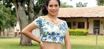 <!--:es-->Gana joven con discapacidad certamen de belleza en Chiapas<!--:-->