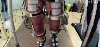 <!--:es-->Pacientes con lesión medular prueban un exoesqueleto neurorrobótico en Toledo<!--:-->