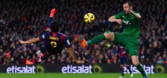 <!--:es-->Suárez le &#8220;roba&#8221; el show a Messi<!--:-->