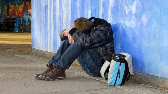 <!--:es-->Facebook crea una nueva herramienta para luchar contra la depresión &#8230;La red social ofrecerá consejos y ayuda profesional a los usuarios que quieran acabar con su propia vida<!--:-->
