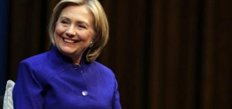 <!--:es-->Hillary Clinton&#8217;s focus on women&#8217;s pay may resonate broadly: poll<!--:-->
