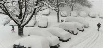 <!--:es-->Tormenta afecta a más de 90 millones de personas en el centro y el noreste de EEUU<!--:-->