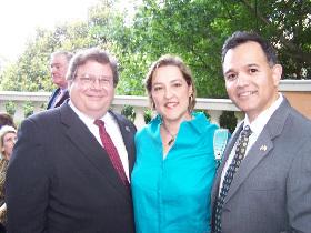 <!--:es-->Víctor Zepeda: Visionario y Exitoso Industrial y Ahora Presidente de la Cámara de Comercio Hispana de Dallas<!--:-->