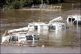 <!--:es-->Nine dead as rain causes floods<!--:-->
