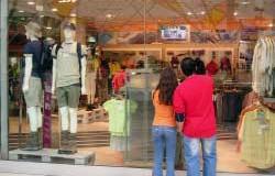<!--:es-->Los Latinos en EEUU son  Consumidores Potenciales y de su Mano de Obra depende la Economía Estadounidense<!--:-->