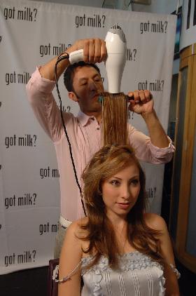 <!--:es-->Got Milk invitó a Yolanda Pérez a formar parte de una iniciativa para el cuidado del cabello<!--:-->