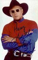<!--:es-->«Thunder Rolls» Llega a Wal-Mart acompañado de una Asociación Conjunta por Varios Años con Garth Brooks<!--:-->