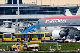 <!--:es-->12 Passengers arrested after Northwest Airlines disturbance<!--:-->