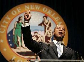 <!--:es-->New Orleans Mayor Urge Evacuees to come home<!--:-->