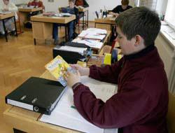<!--:es-->Consejos para que tu Hijo aprenda lo que  estudia: Logremos que se Concentre<!--:-->