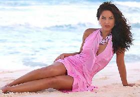 <!--:es-->Bárbara Mori y su Impresionante Belleza<!--:-->