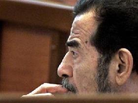 <!--:es-->Kurd tells Saddam court relatives found in graves<!--:-->
