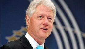 <!--:es-->Agitated Clinton defends his anti-terror record!<!--:-->