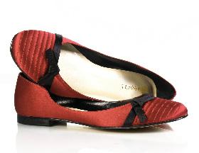 <!--:es-->Payless shoesource anuncia calzado de diseñador a precios económicos!<!--:-->