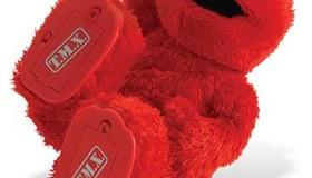 <!--:es-->Mattel profit up on Barbie, Elmo sales<!--:-->