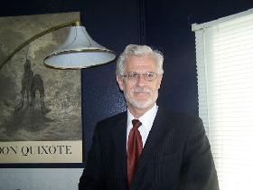 <!--:es-->John B. Hawley recibe el apoyo de la Comunidad Hispana<!--:-->