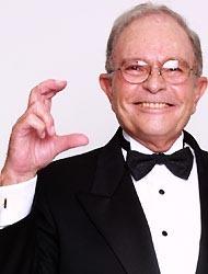 <!--:es-->Murió Raúl Velasco …El hacedor de estrellas<!--:-->