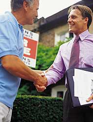 <!--:es-->Indocumentados consiguen hipotecas . . . Las compañías admitieron el negocio<!--:-->