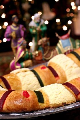 <!--:es-->La Tradición de Reyes Magos y Rosca de Reyes gana fuerza en EEUU<!--:-->