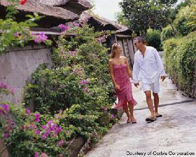 <!--:es-->Honeymoon Packing Made Easy<!--:-->