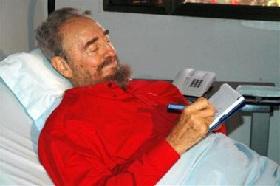 <!--:es-->Creen que Fidel Castro alista salida del poder<!--:-->