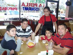 <!--:es-->en Restaurant La Perla le ofrecen Rica y Exclusiva Comida, comodidad y atención esmerada!<!--:-->