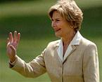 <!--:es-->Laura Bush says sexism possible in Miers criticism<!--:-->