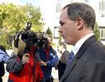 <!--:es-->Leak grand jury meets prosecutor<!--:-->