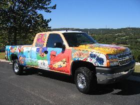 "<!--:es-->GM's ""Trucks for Texas"" Campaign  Debuts San Antonio Vehicle<!--:-->"