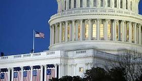 <!--:es-->Vieja Propuesta Migratoria revive en el Senado<!--:-->