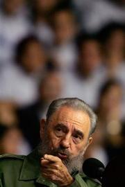 <!--:es-->CIA says Castro has Parkinson's disease<!--:-->