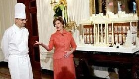 <!--:es-->Laura Bush predicts Rice won&#8217;t run in 2008<!--:-->