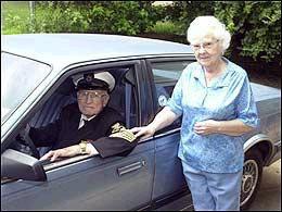 <!--:es-->Groups seek national standards on older drivers<!--:-->
