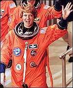 <!--:es-->Rinden Tributo a Astronautas en Houston!<!--:-->