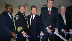 <!--:es-->El Aeropuerto Internacional de DFW inaugura el Centro de Operaciones más Avanzado del Mundo después del 9/11<!--:-->