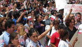 """<!--:es-->""""Miles de Padres y Líderes Hispanos hacen un llamado nacional demandando opciones educativas""""<!--:-->"""