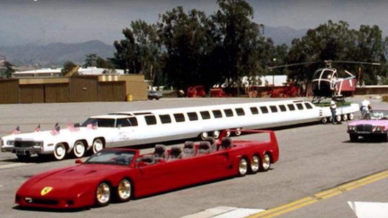 El coche más largo del mundo tiene un jacuzzi y un helipuerto