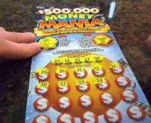 Si existe una fórmula para ganar la lotería esta mujer la sabe:  increíble historia de la persona más afortunada del planeta